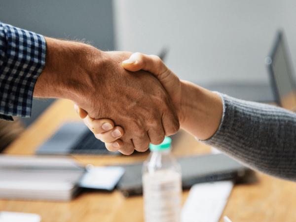 Katedra za menadžment pri FET-u i Cedior sklopili sporazum o suradnji na razvoju crowdfunding kampanja iz portfelja Croinvesta